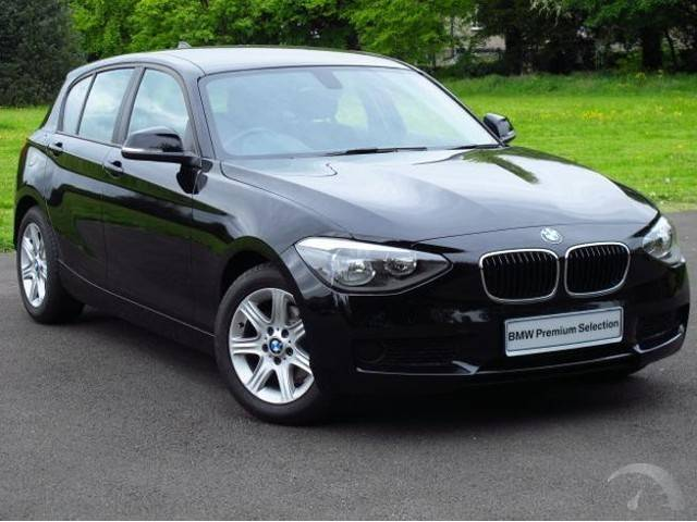 BMW 1 series 5 Door Hatchback 2011