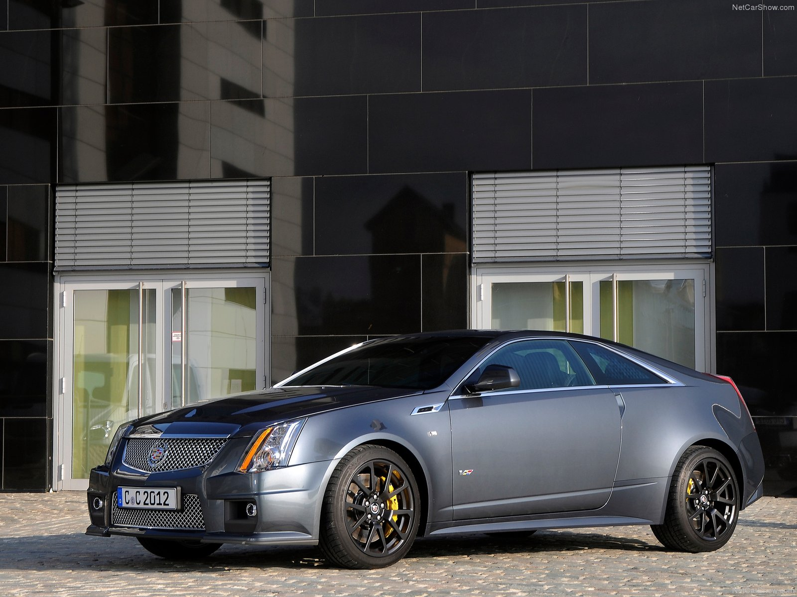 Cadillac CTS-V Coupe 2011