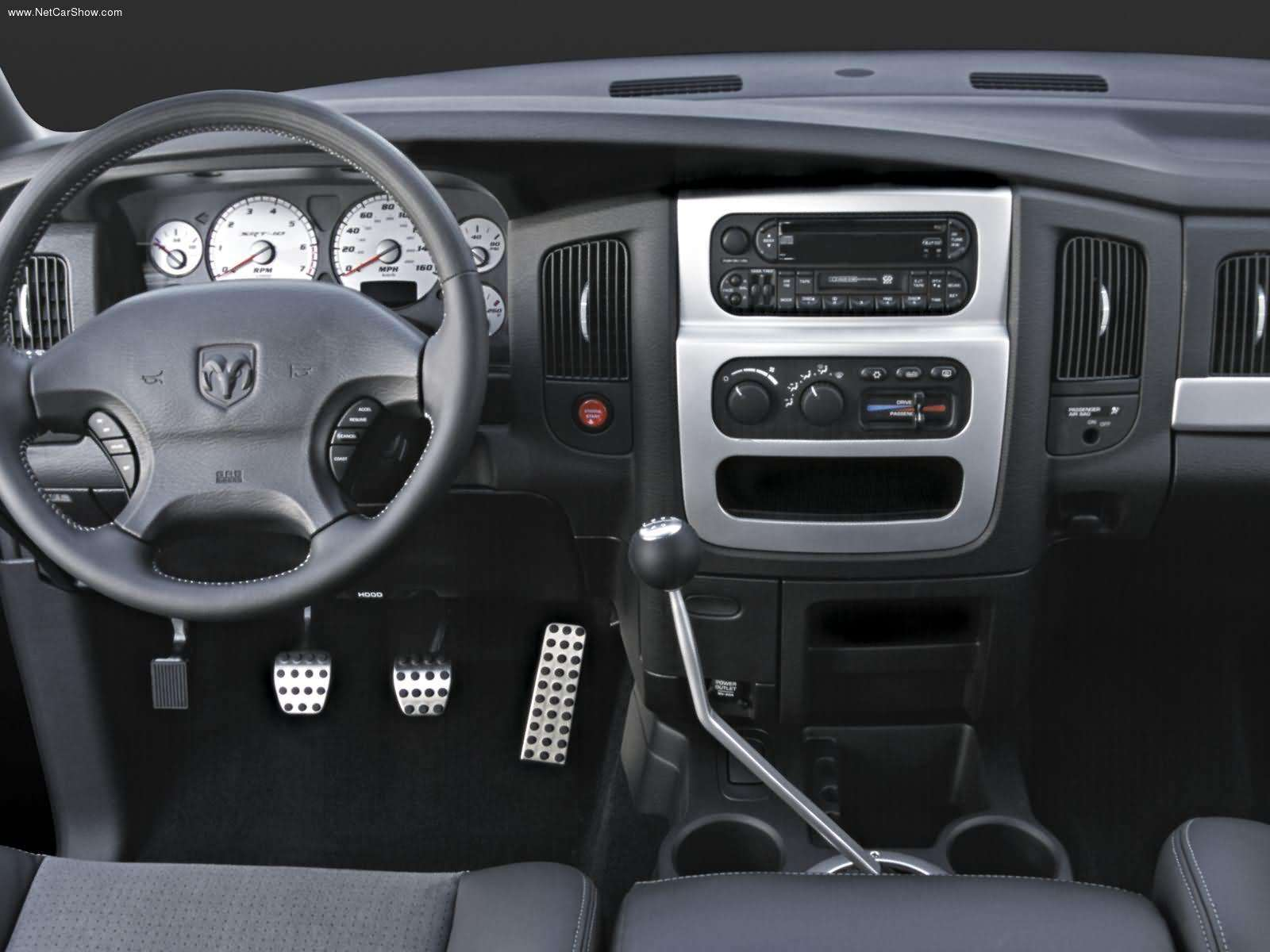 on 2006 Dodge Ram 1500 Dash