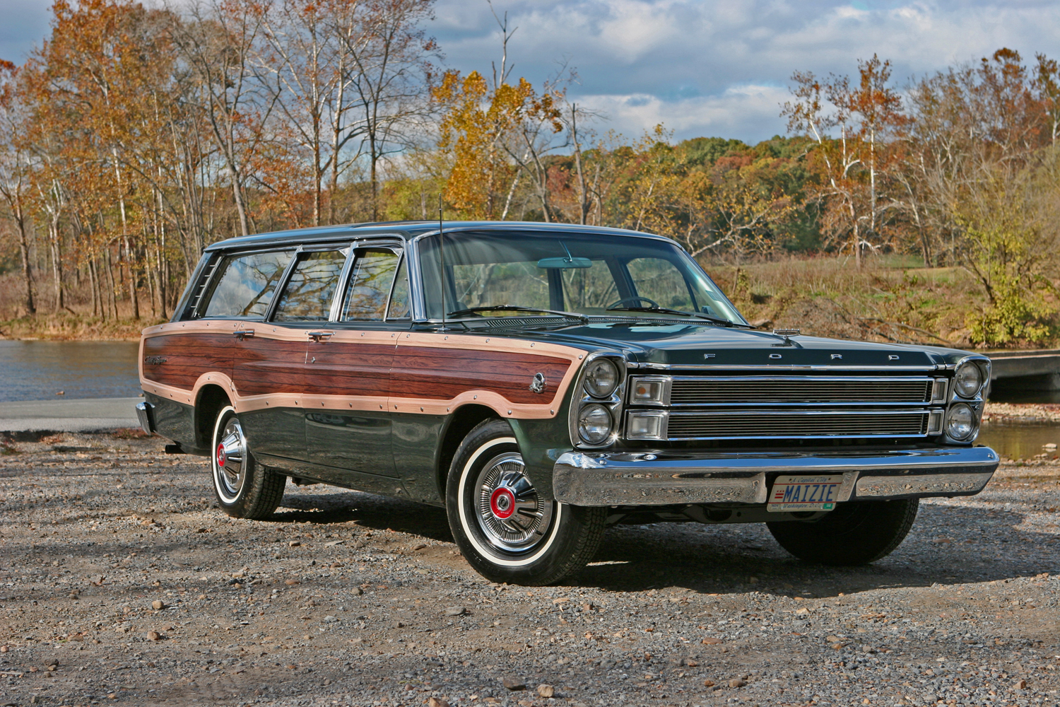 1966 ford country squire - photo #2