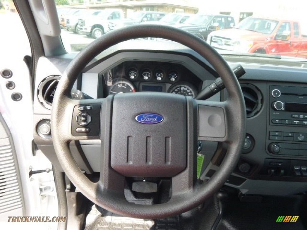 Ford F-250 Regular Cab Truck 2013