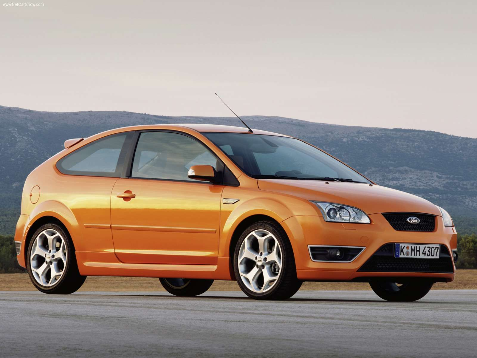my perfect ford focus st 3dtuning probably the best car configurator. Black Bedroom Furniture Sets. Home Design Ideas
