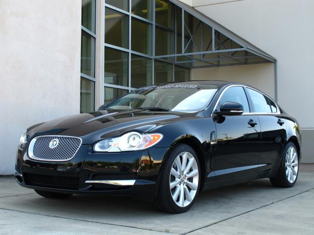Jaguar XF Sedan 2012