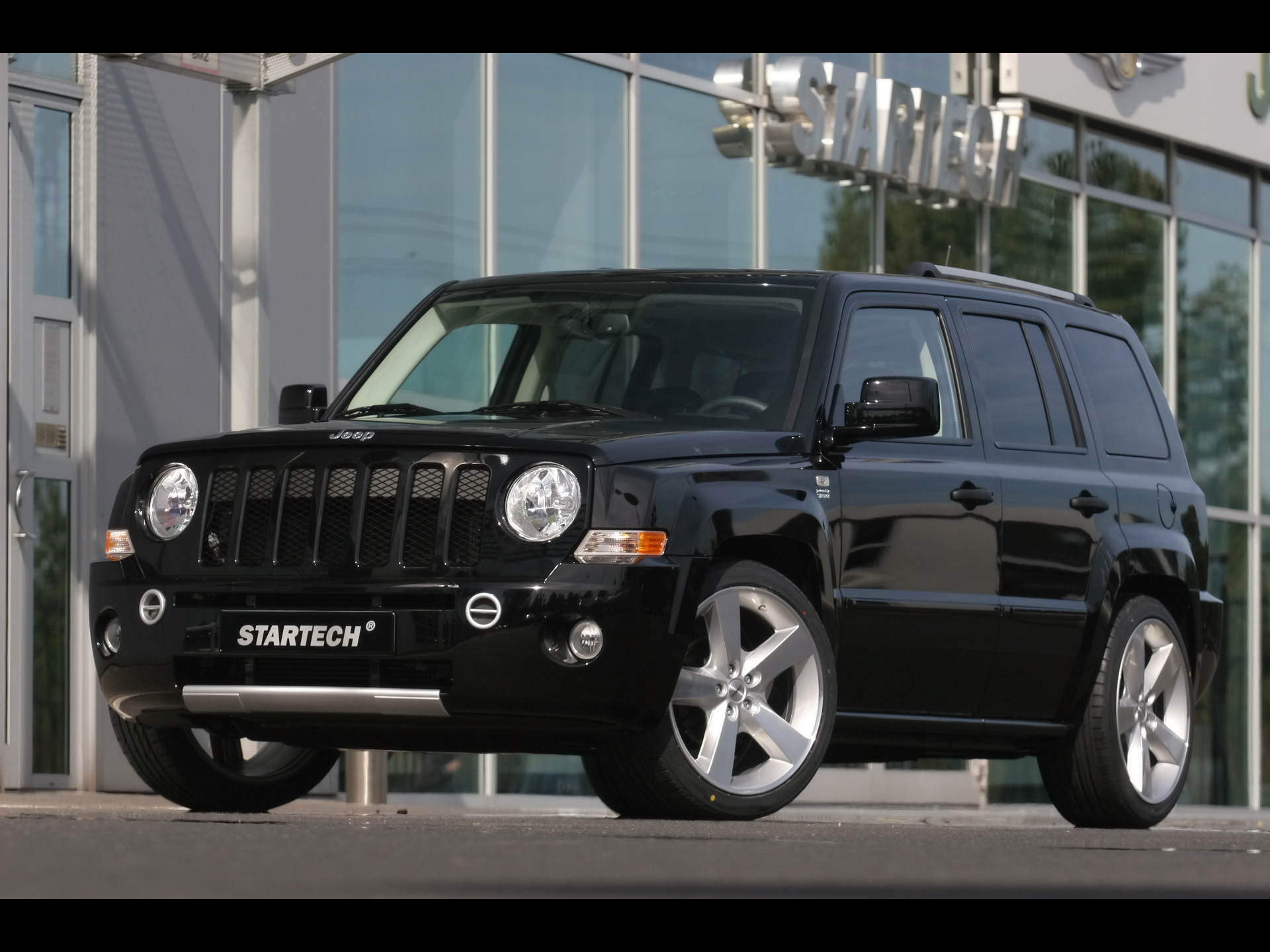 my perfect jeep patriot. 3dtuning - probably the best car configurator!