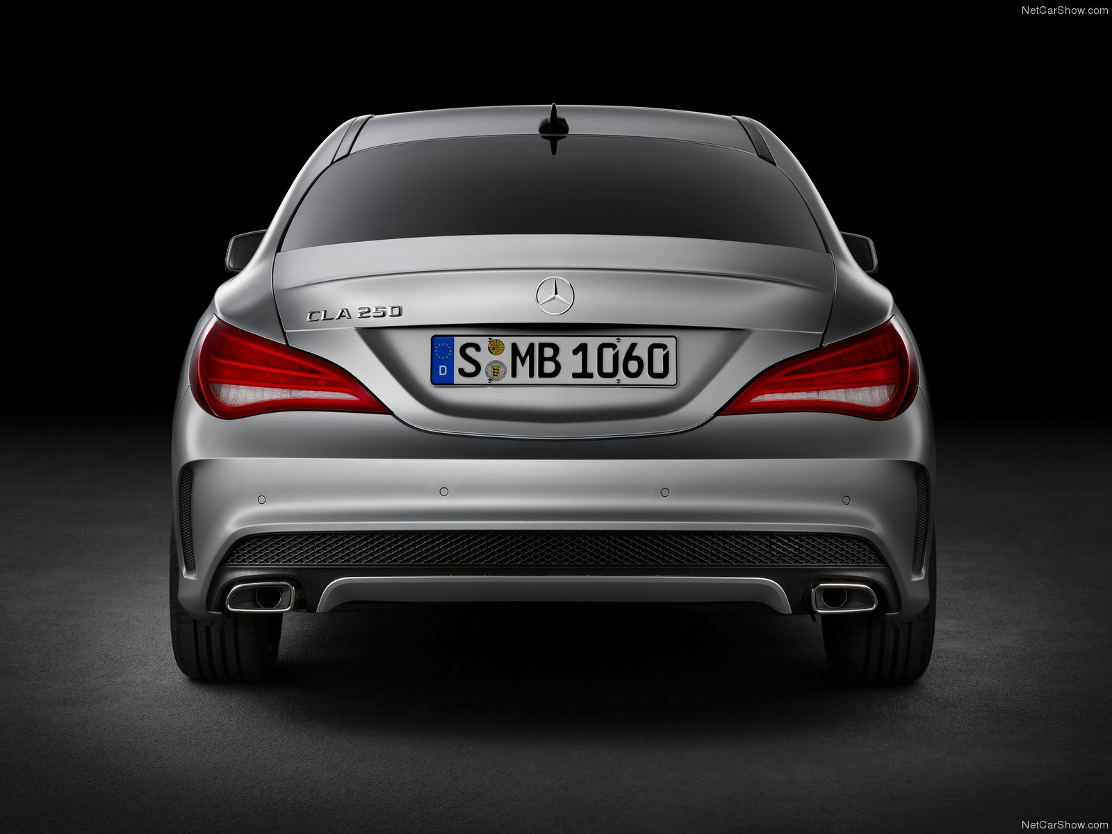 Mercedes CLS class 4 Door Coupe 2011