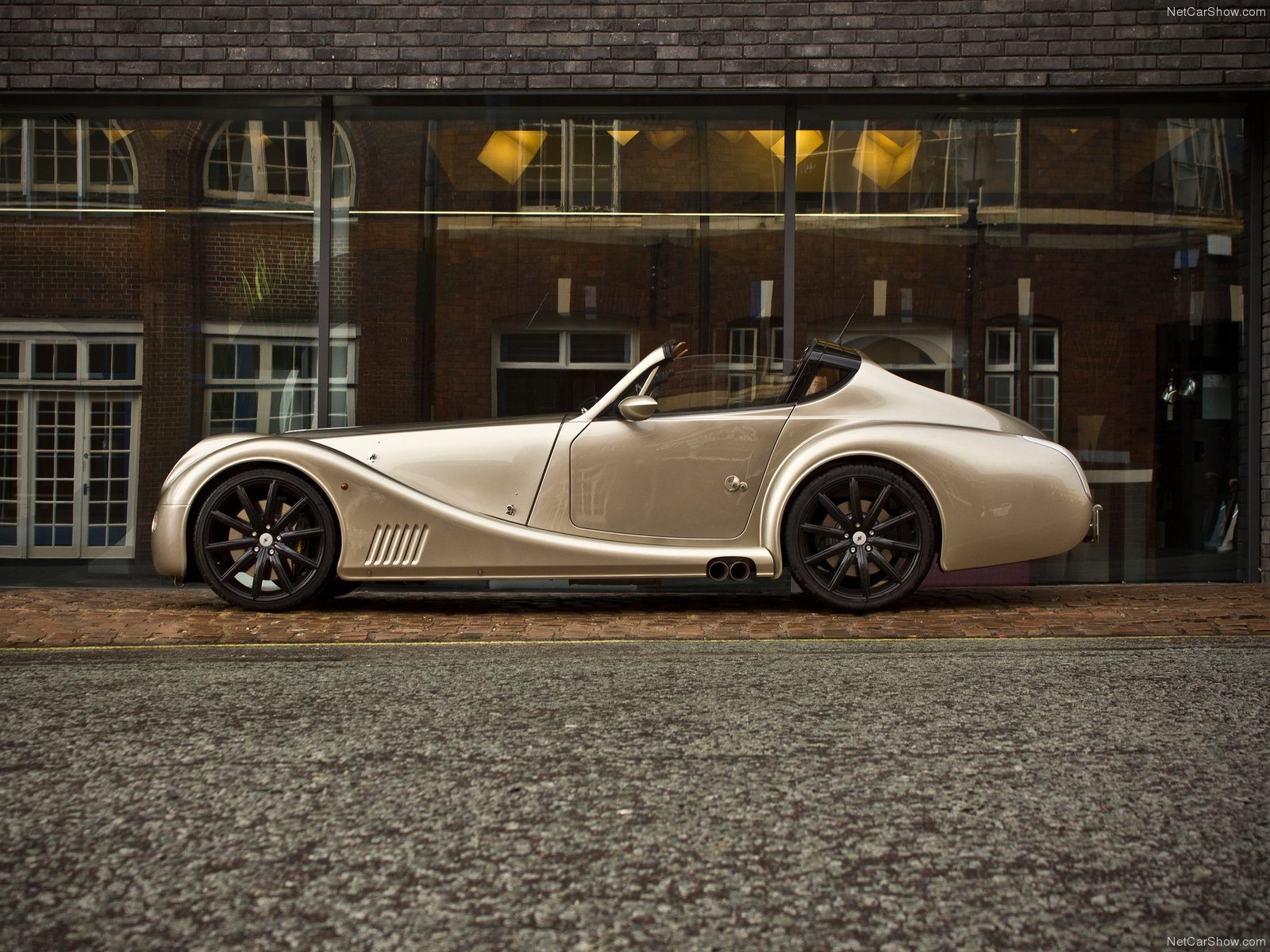 Morgan Aero SuperSports Coupe 2011