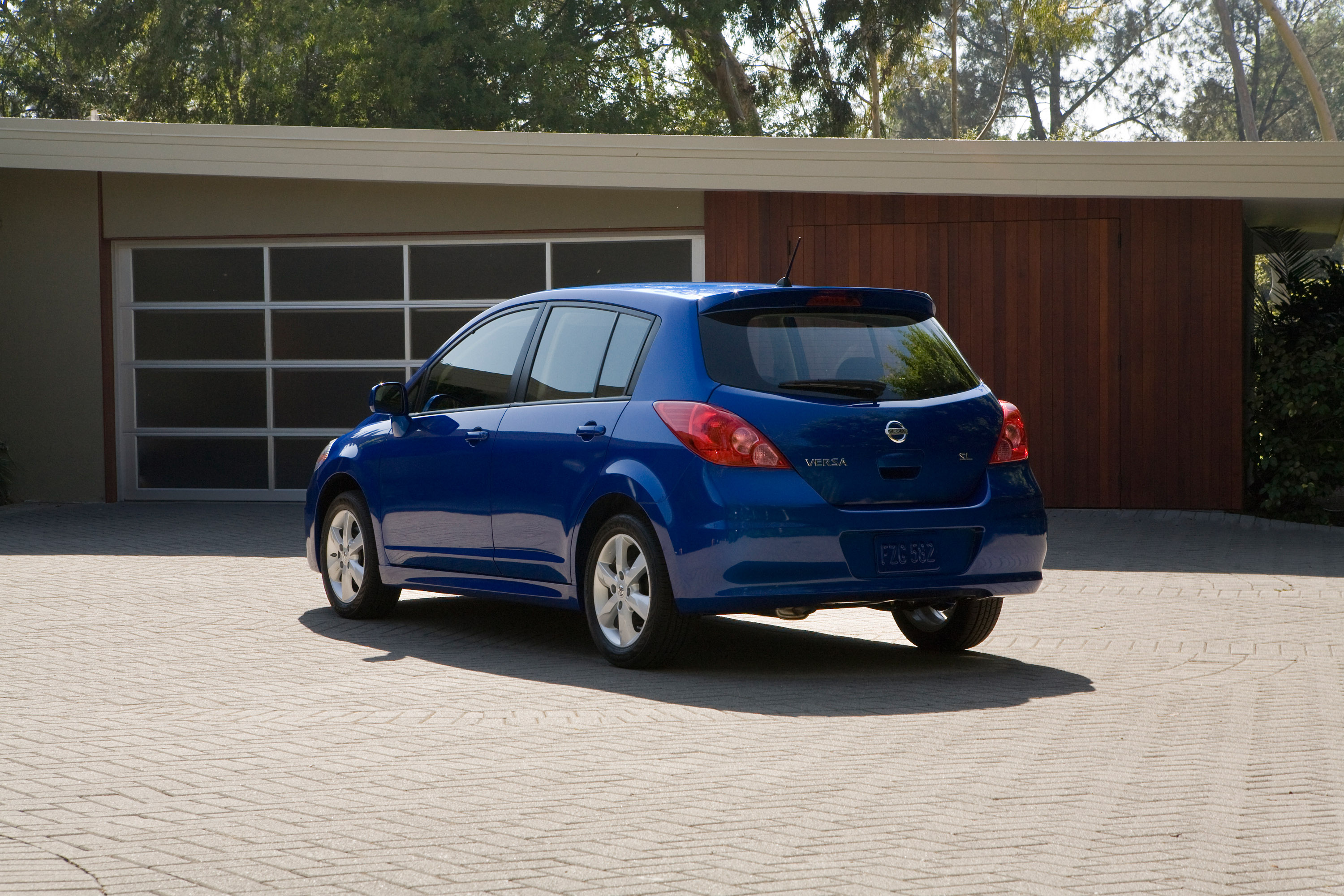 my perfect nissan versa sl 3dtuning probably the best. Black Bedroom Furniture Sets. Home Design Ideas