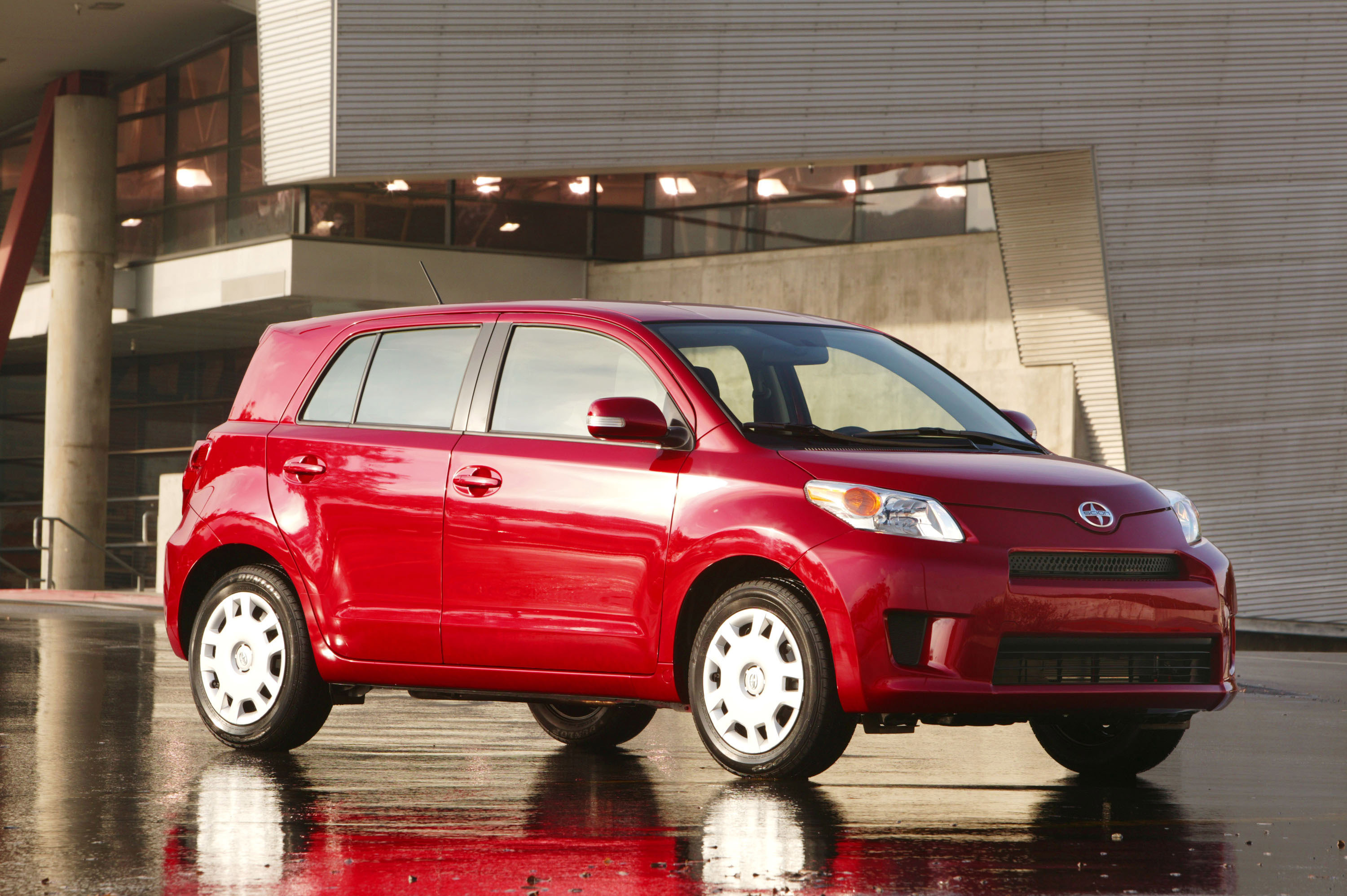 Scion xD Crossover 2011
