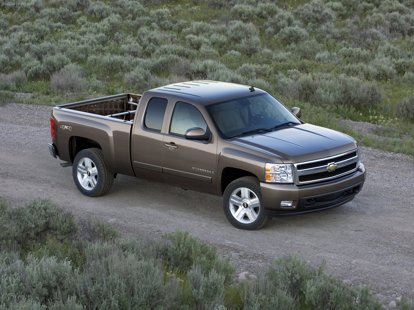 07 Chevy Silverado Extended Cab on chevy silverado radio wiring diagram